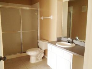 salle de bain du condo a la vente en floride AZ1 a orlando