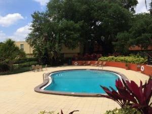piscine résidence de condo en centre ville orlando en floride