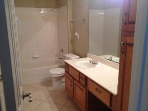 salle de bain du condo a vendre CP1 a orlando en floride dans la residence central park