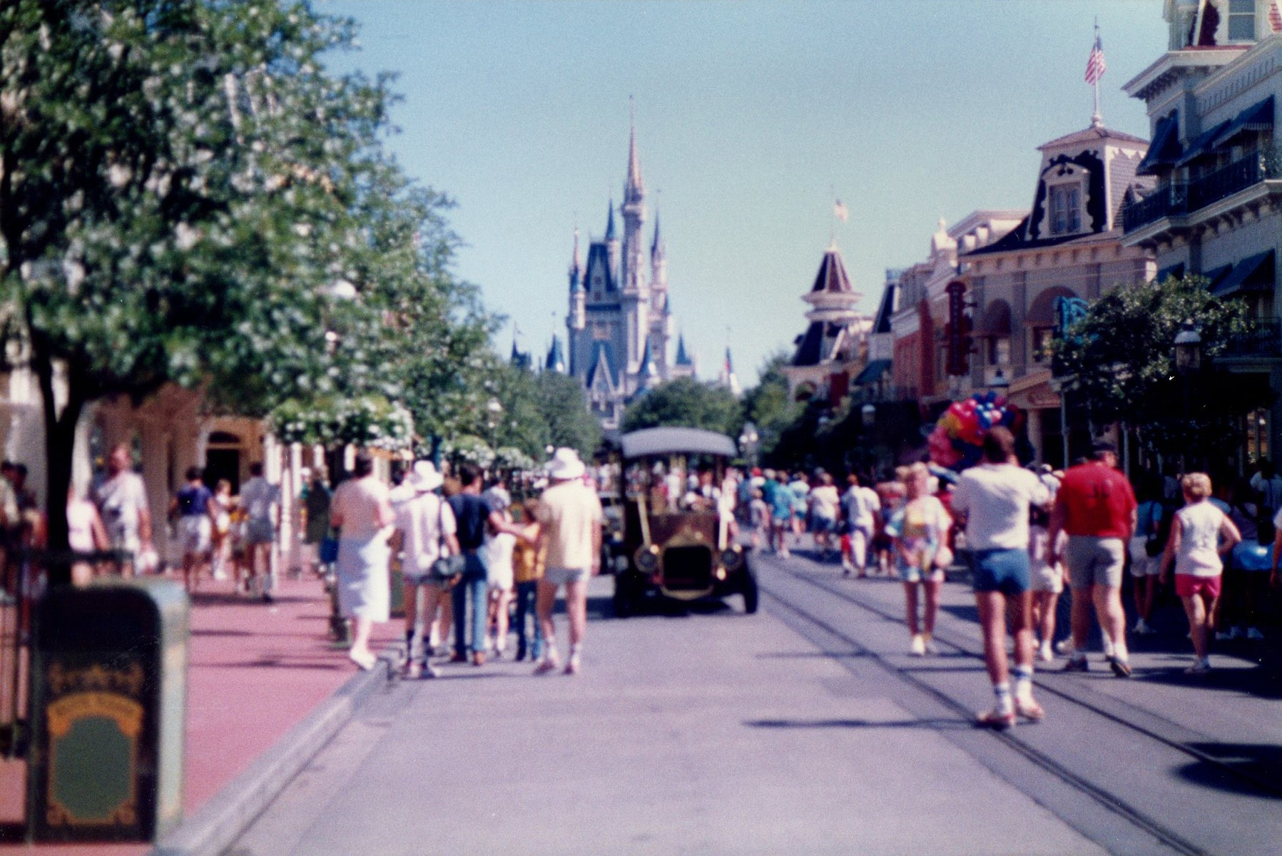 Le parc d'attractions magic kingdom à Disney à oRLANDO dans les années 80