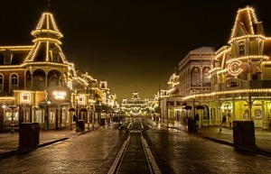 Main Street à Magic Kingdom en Floride de nuit
