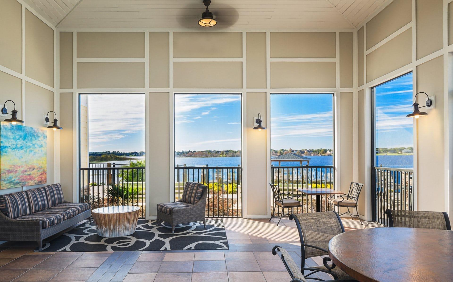 acheter une maison avec vue sur un lac en Floride