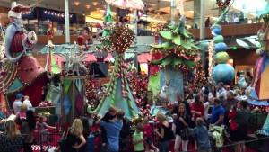 Grand centre commercial Millenia ( appelé Mall en anglais )